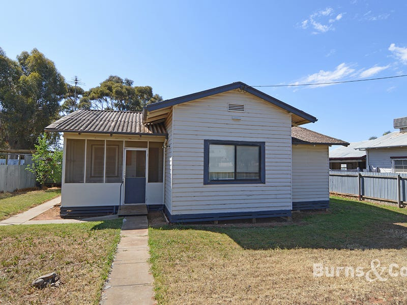 33 Box Street, Merbein, Vic 3505