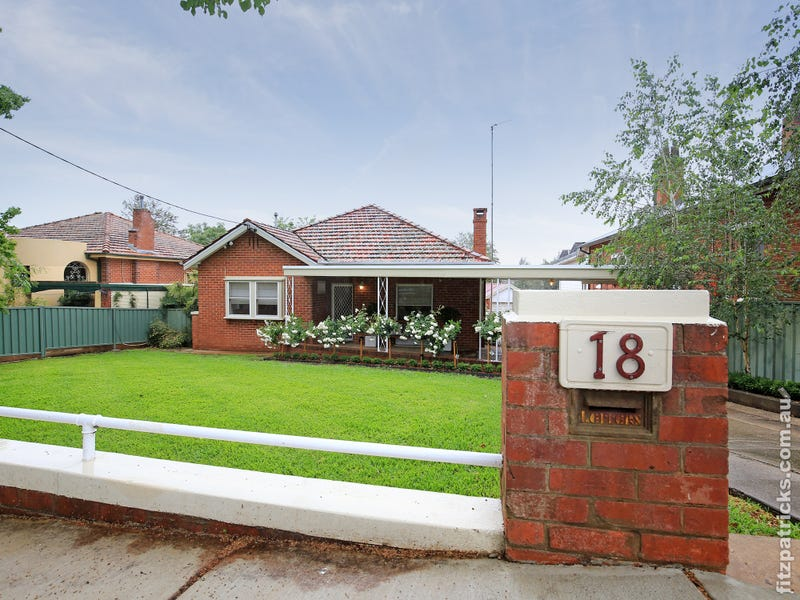 18 Grandview Avenue, Turvey Park, NSW 2650