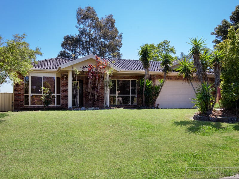 90 Denton Park Drive, Rutherford, NSW 2320