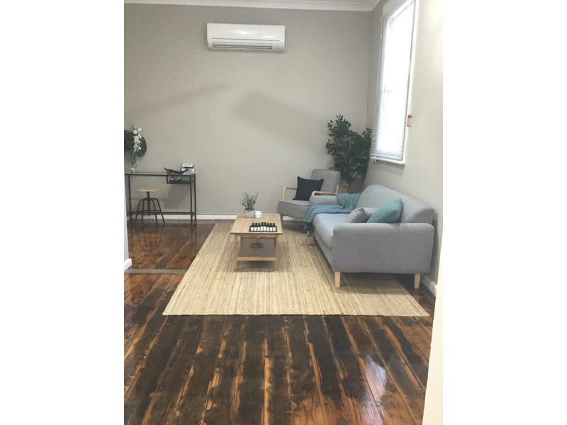 UNIT TWO OF 53 MAUGHAN STREET, Wellington, NSW 2820