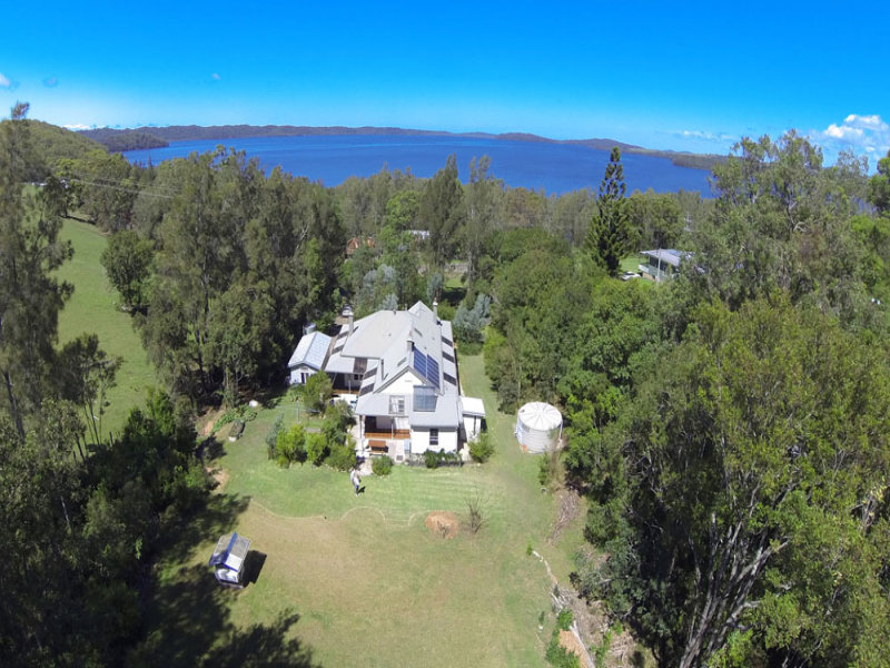 2455 The Lakesway, Bungwahl, NSW 2423