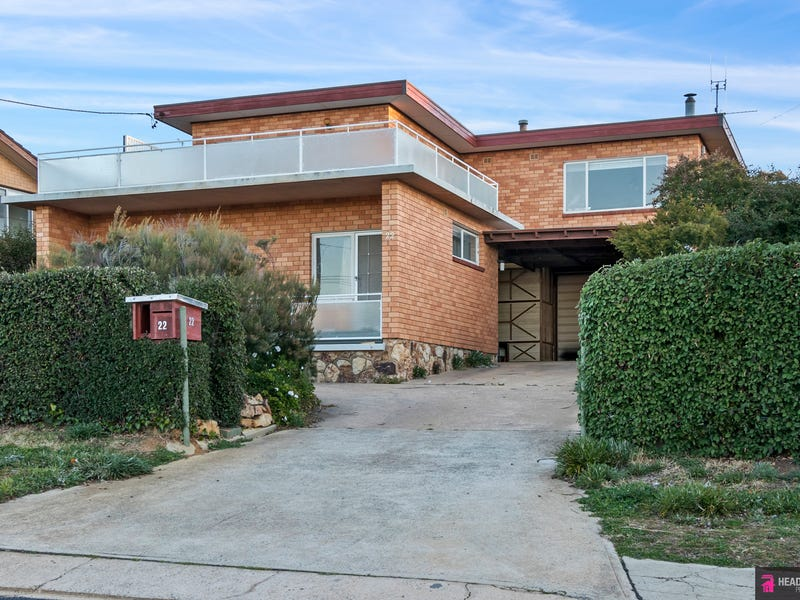 22 Edgedale Crescent, Karabar, NSW 2620
