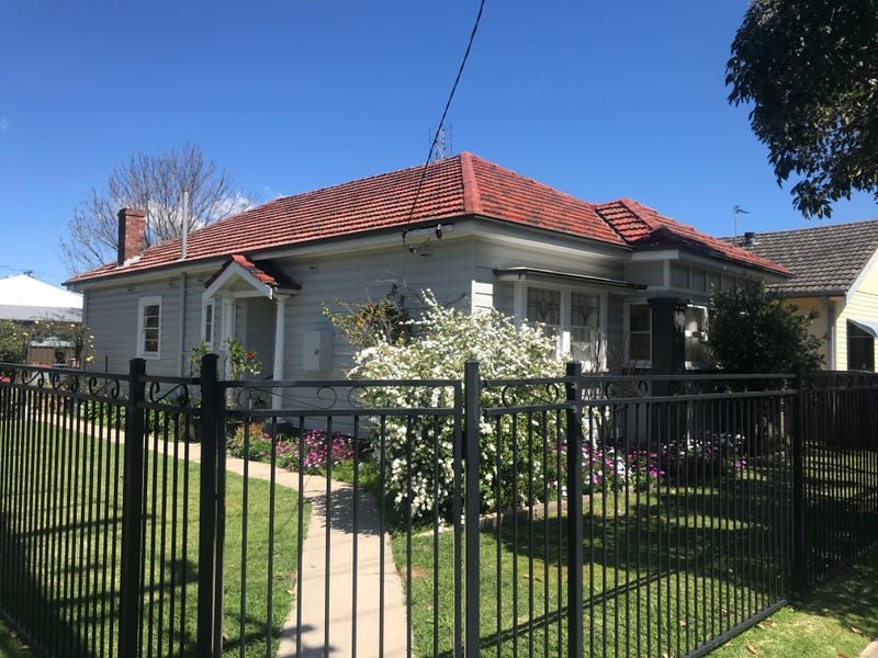 77 Young Street, Georgetown, NSW 2298