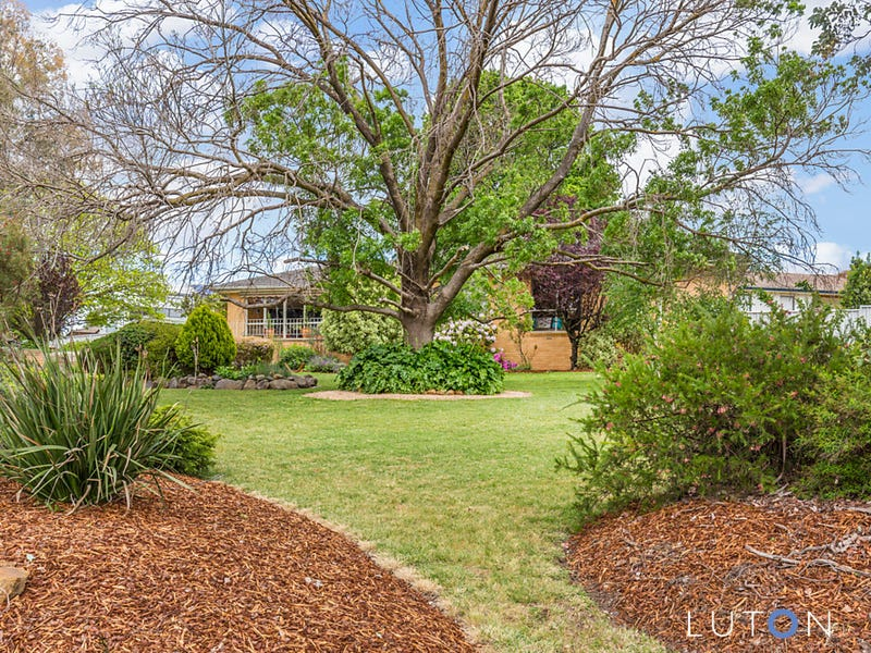 2 Thornton Place, Spence, ACT 2615