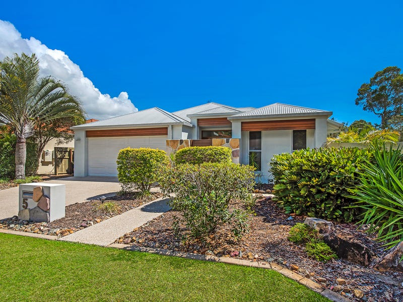 5 Baker-Finch Place, Twin Waters, Qld 4564