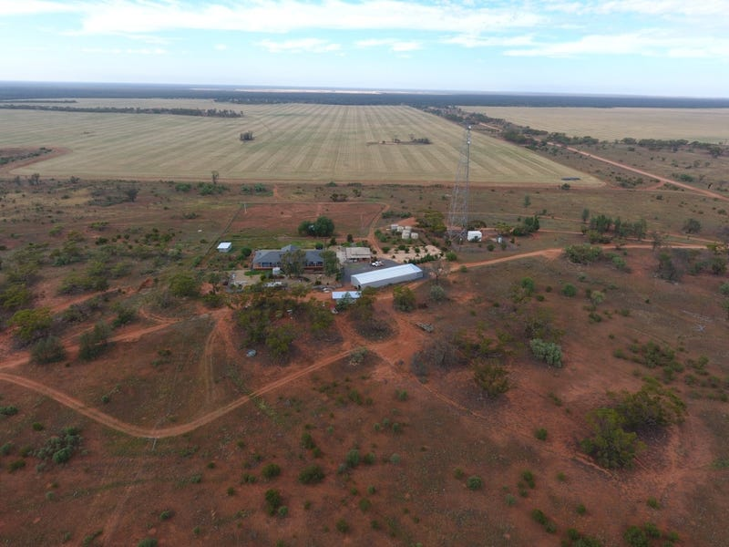 3245 & 2423 Petro Mail Road, Arumpo, NSW 2715