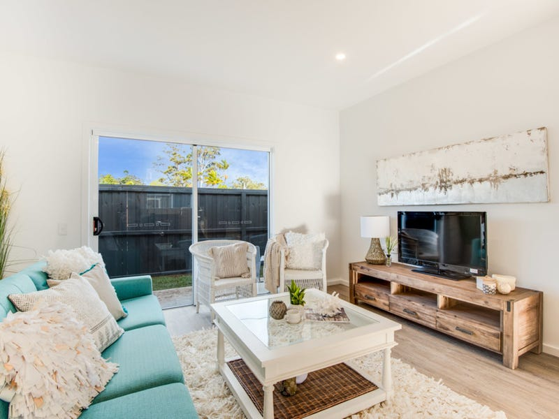 2/55 Barralong Road, Erina, NSW 2250 - Property Details