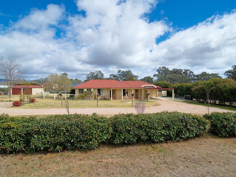 55 Henry Lawson Drive, Mudgee, NSW 2850