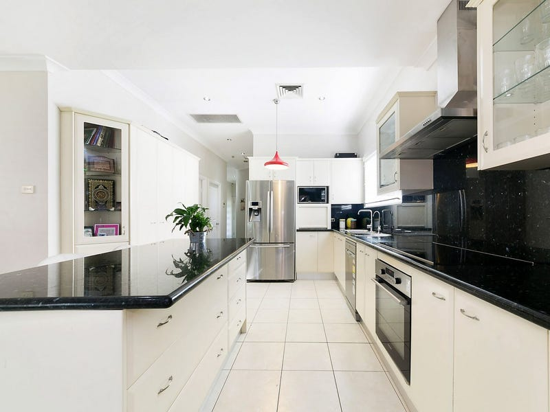 47 Rhodes Avenue Guildford Nsw 2161 Property Details