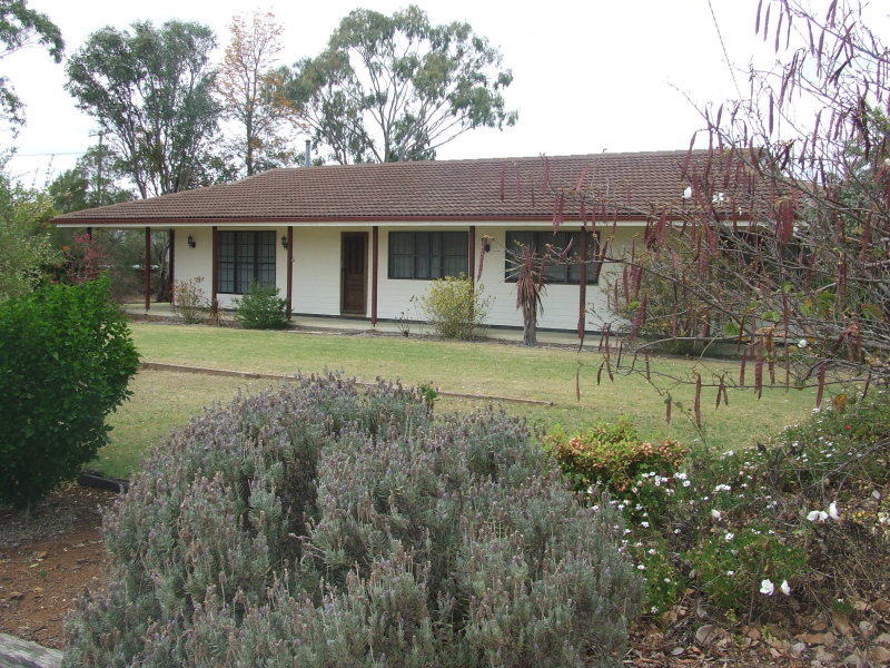 126 Hill Street East, Pittsworth, Qld 4356