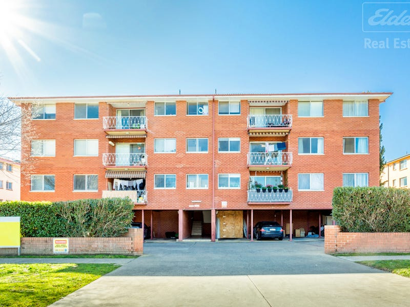 16/56 Trinculo Place, Queanbeyan East, NSW 2620