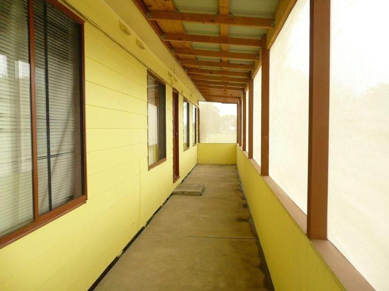 3 Lake Tide Avenue, Newlands Arm, Vic 3875
