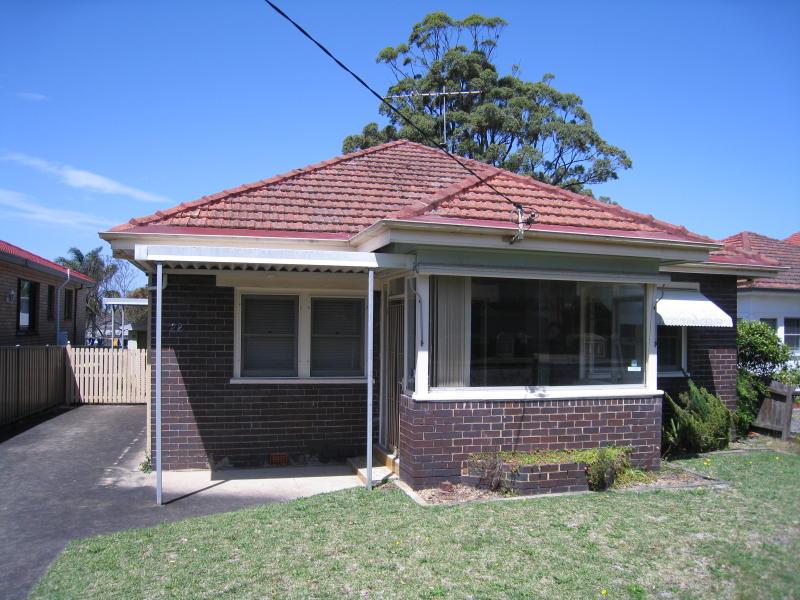 22 Waitara Parade, Hurstville Grove, NSW 2221
