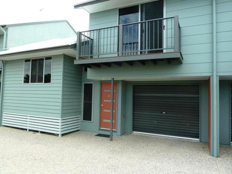 2/6 Kennedy Street, South Mackay, Qld 4740