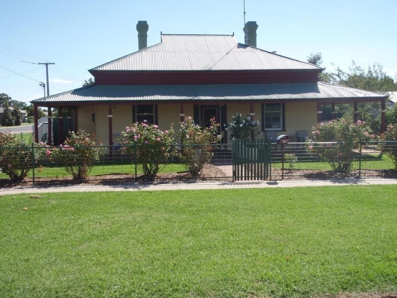 419 Church Street, Hay, NSW 2711