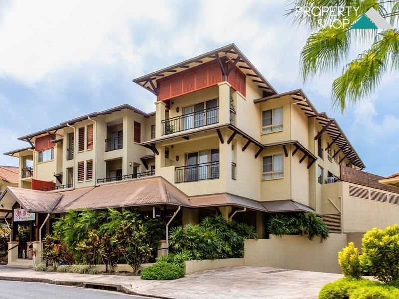 1805/2 Greenslopes Street, Cairns North, Qld 4870