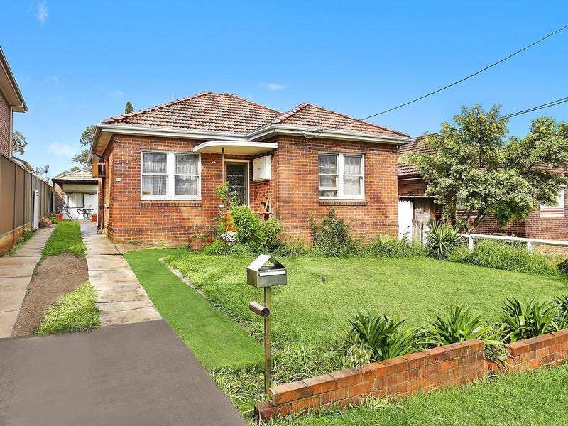 25 Allambee Crescent, Beverly Hills, NSW 2209