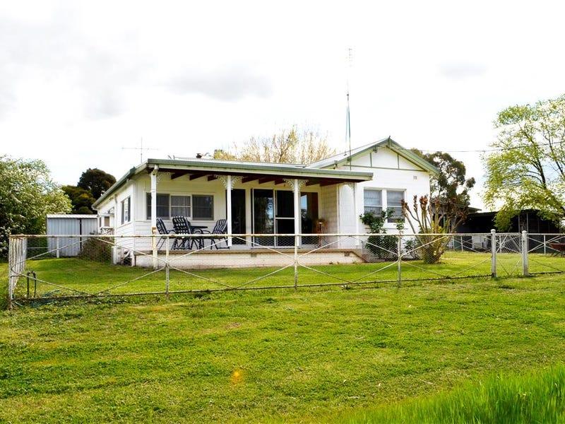 137-147 Blowering Road, Tumut, NSW 2720