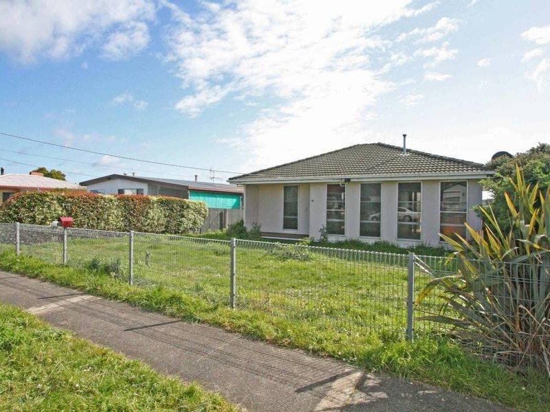 16 Tobruk Street, Cobden, Vic 3266