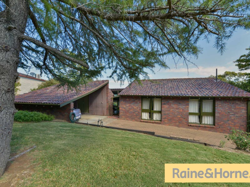 13 Warramunga Avenue, Tamworth