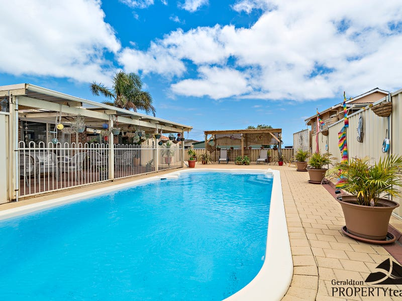 11 Nautical Lookout, Drummond Cove