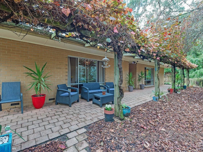 16 Hollidays Road, Summertown, SA 5141