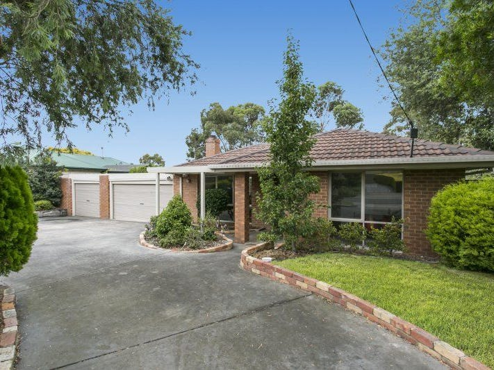 8 ERIC COURT, Pearcedale, Vic 3912
