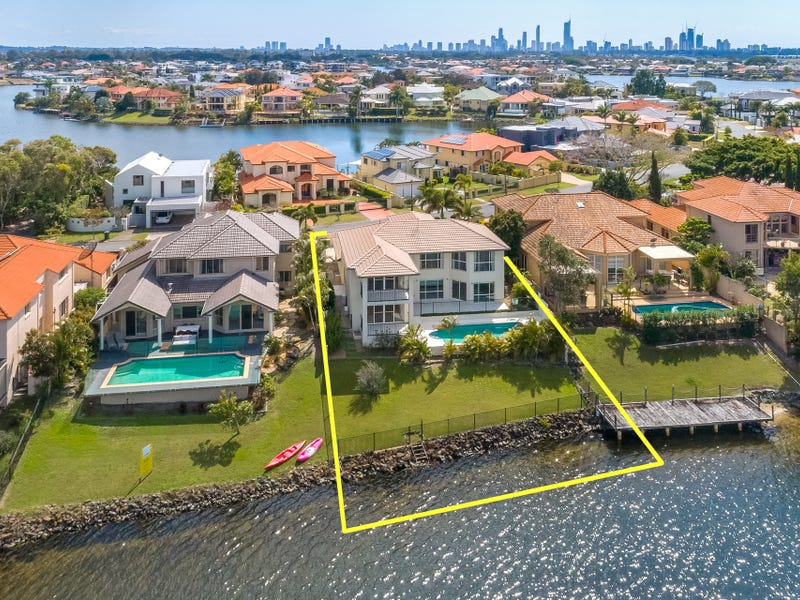 37 Bollard Circuit, Clear Island Waters, Qld 4226