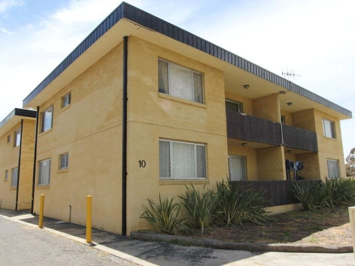 4/10 Albion Street, Goulburn, NSW 2580