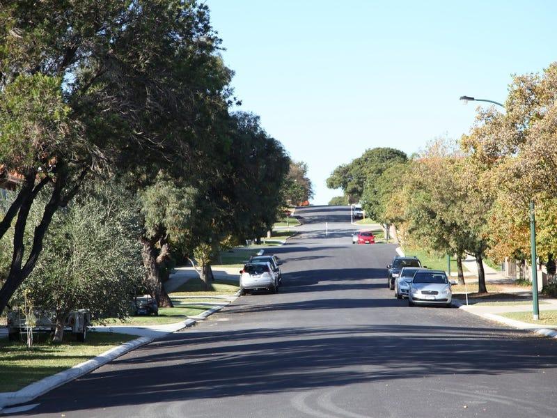 18 Alston Avenue, Como, WA 6152