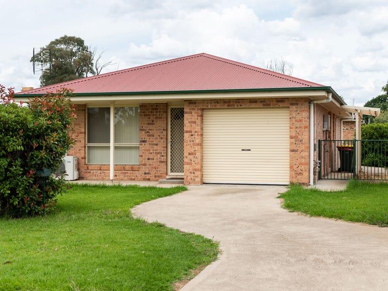 24b Scott Street, Boorowa, NSW 2586