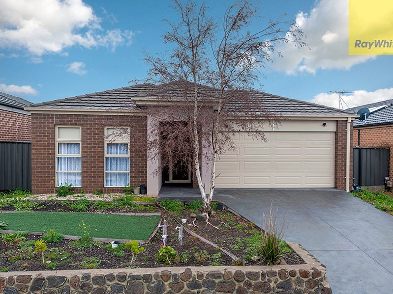 17 Pinnacle Drive, Craigieburn, Vic 3064