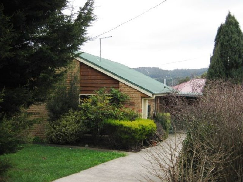10 Station Road, Lilydale, Tas 7268