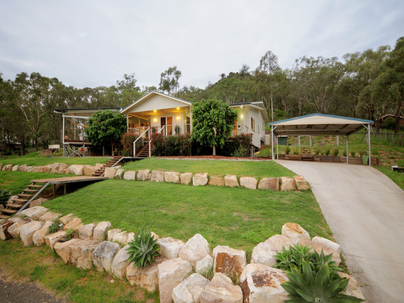 31 Linora Drive, Gowrie Mountain, Qld 4350