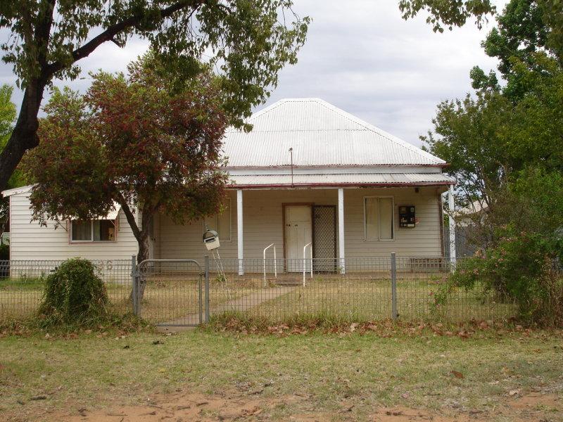 36 Castlereagh Street, Baradine, NSW 2396
