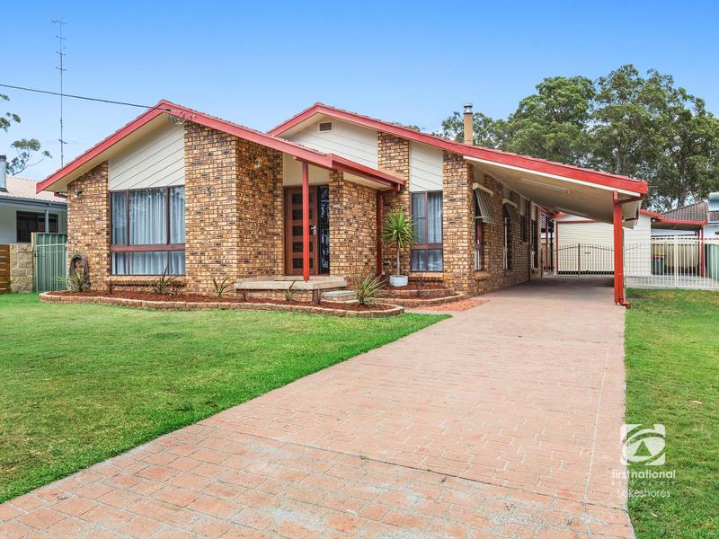 5 Harwood Close, Mannering Park, NSW 2259