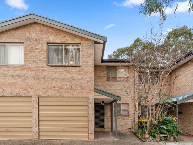 17/135 Rex Road, Georges Hall, NSW 2198