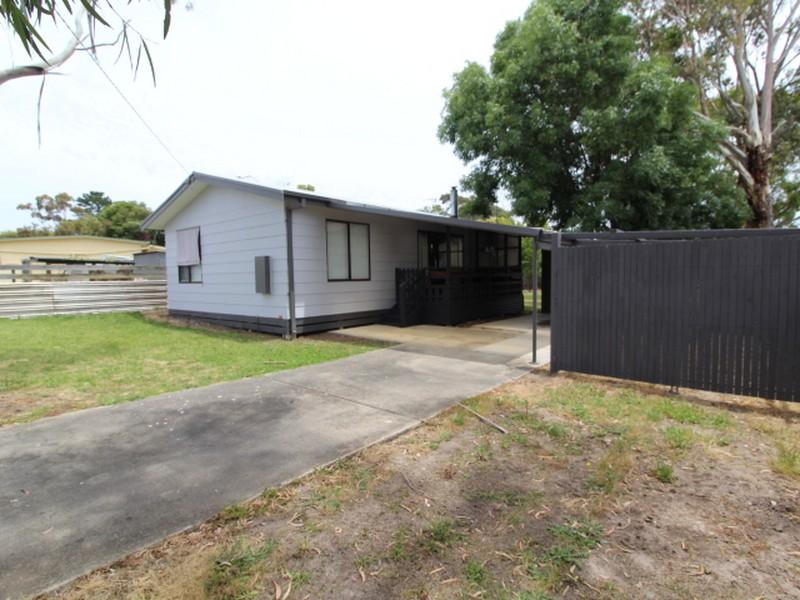 1 Gellibrand Street, Coronet Bay, Vic 3984