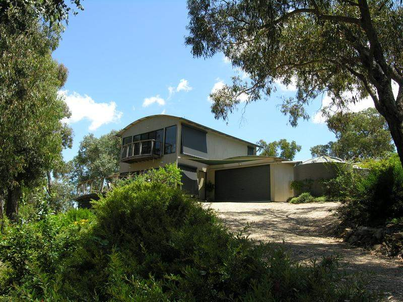 130 Mountain Bay Drive, Mountain Bay, Vic 3723
