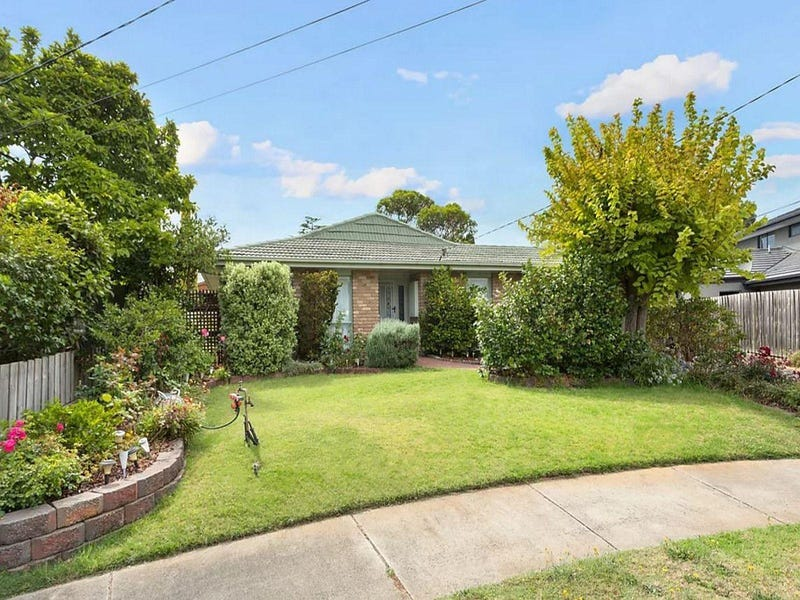 2 Exeter Court, Wheelers Hill, Vic 3150