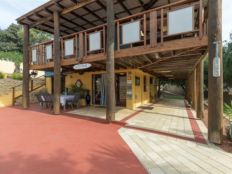 3 Hyacinth Place, Madora Bay, WA 6210