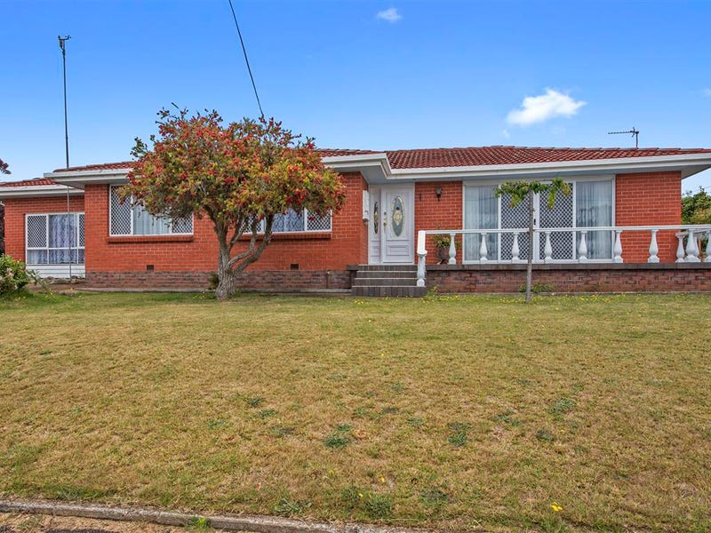 1 Highfield Crescent, West Ulverstone, Tas 7315
