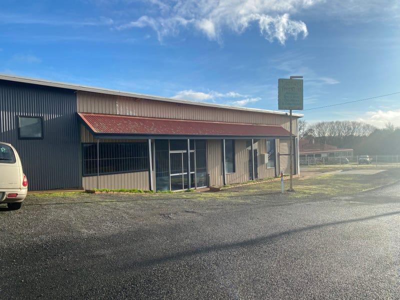 2819 Midland Highway, Newlyn, Vic 3364