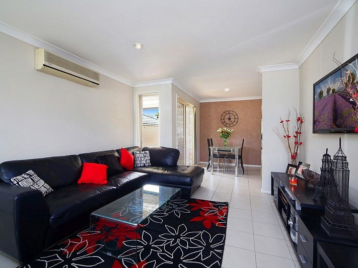 1/27 Oakes Street, Kariong, NSW 2250