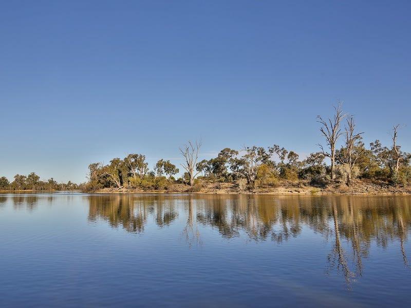 848 River Road, Boeill Creek