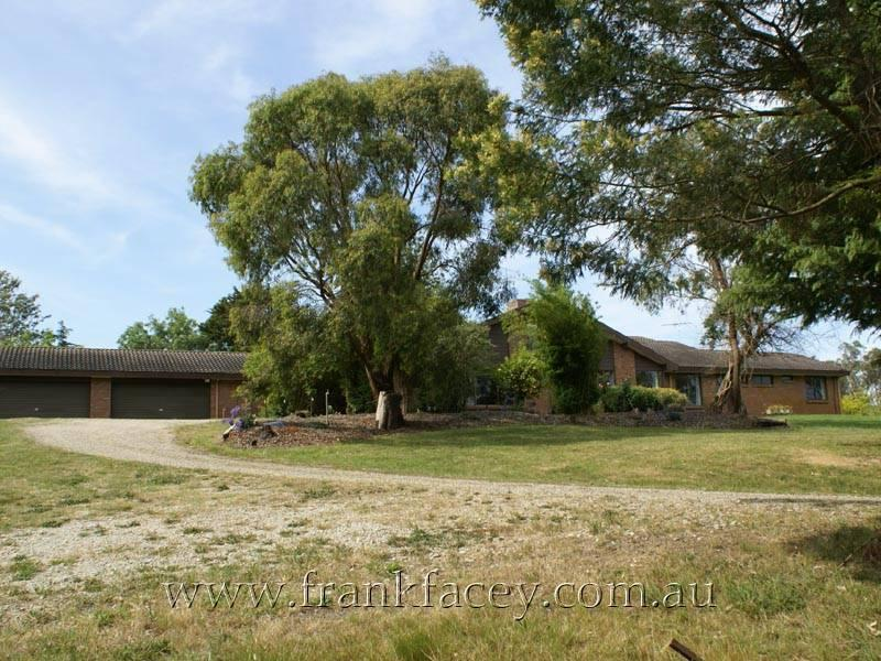 40 Larmour Road, Officer, Vic 3809