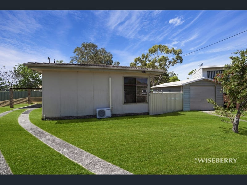 7 Read Street, Canton Beach, NSW 2263