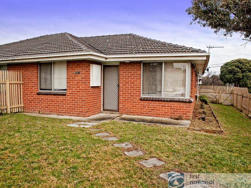 2/30 Olive Road, Eumemmerring, Vic 3177