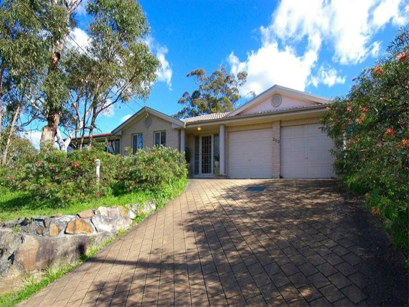 203 Somerville Road, Hornsby Heights, NSW 2077