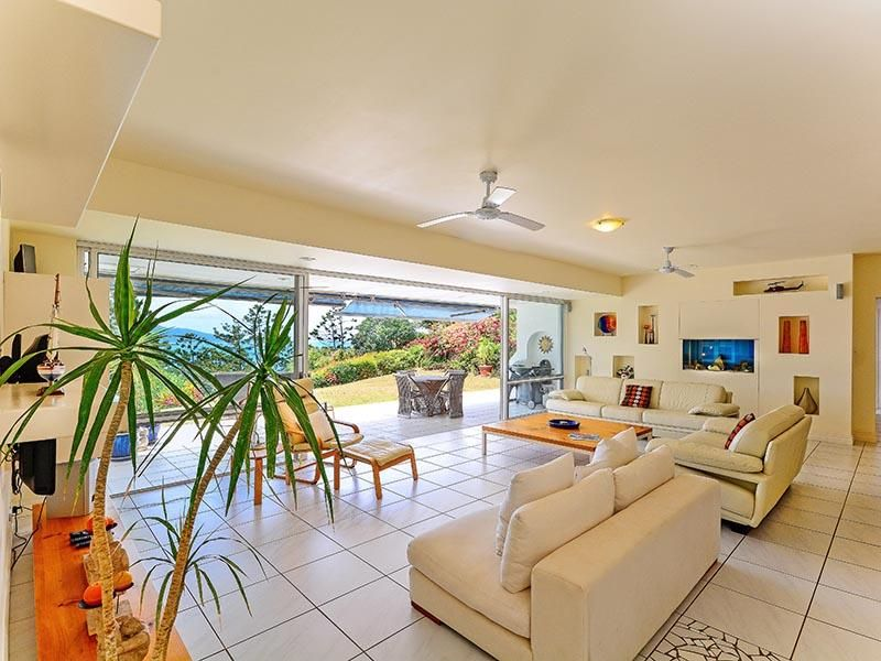 1 BELLA VISTA WEST, Hamilton Island, Qld 4803